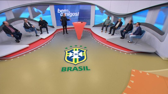 """Galvão lembra Robinho ao falar sobre Vinicius Jr e diz: """"Já começa a fazer falta ele marcar gols"""""""
