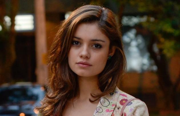 Na quarta (24), Rafael chegará na mansão e salvará a vida de Amália  (Foto: Reprodução)