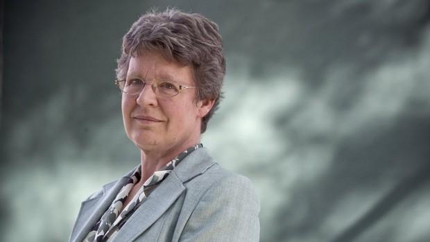 Jocelyn Bell Burnell teve participação-chave em pesquisa sobre objetos cósmicos que iluminam o céu (Foto: Jocelyn Bell; astrônoma)