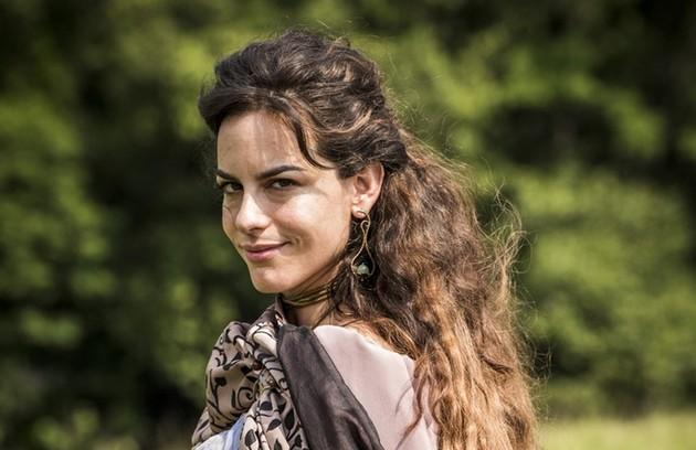 Dom Pedro realmente teve uma tórrida paixão pela bailarina francesa Noémie Thierry, que na novela foi vivida por Luisa Micheletti. O caso foi um pouco mais longo do que foi mostrado. Ela engravidou, mas a criança nasceu morta (Foto: Globo/ César Alves)