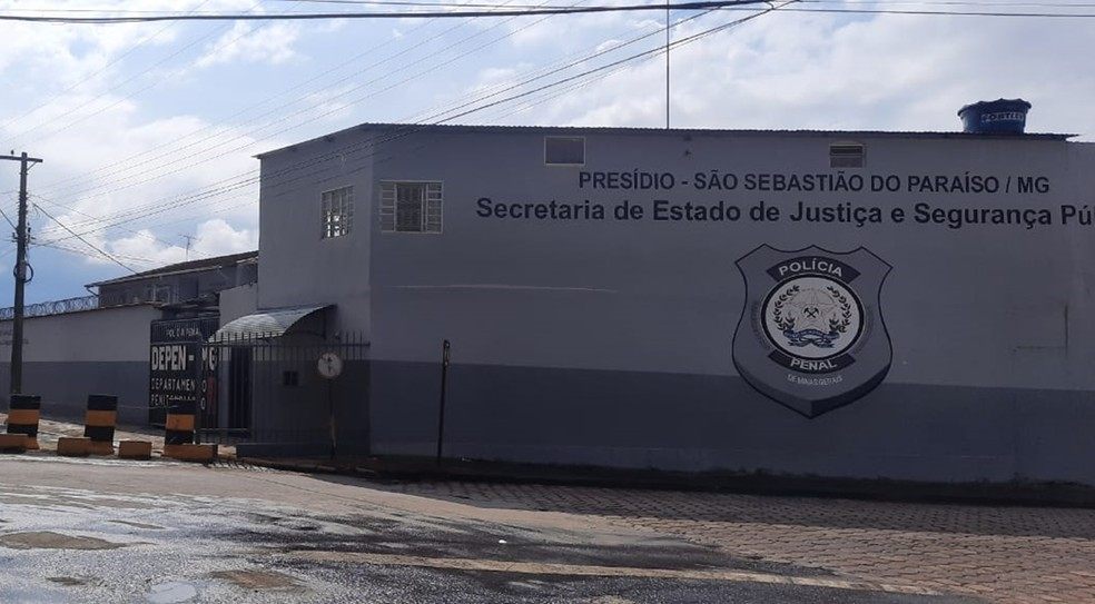 Mais de 20 detentos fugiram de Presídio São Sebastião do Paraíso (MG) — Foto: João Daniel Alves/EPTV