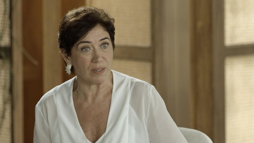 Silvana fica chocada com a sinceridade do amigo (Foto: TV Globo)