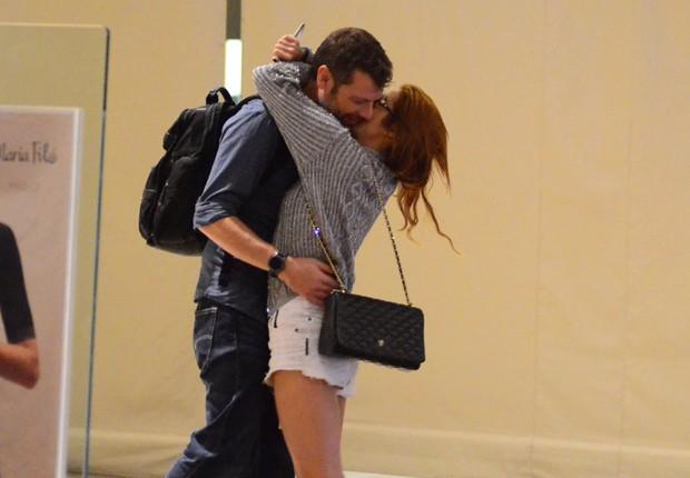 Luiza Possi e o namorado, o diretor Cris Gomes (Foto: AgNews)