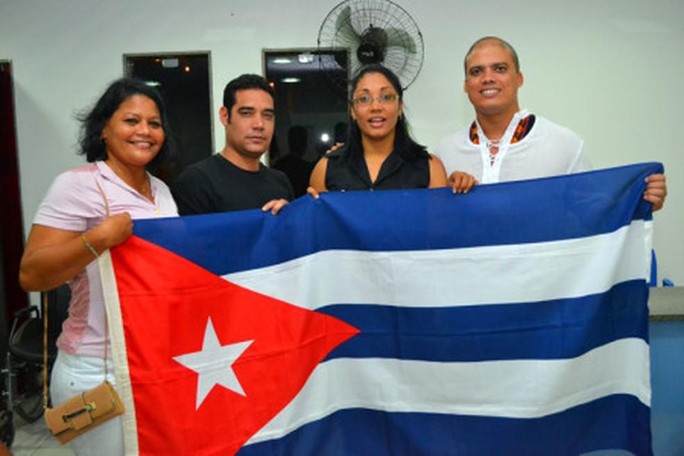 Médicos cubanos do Programa Mais Médicos em Serra Talhada, Pernambuco — Foto: Papiro Comunicação/ Ascom PMST