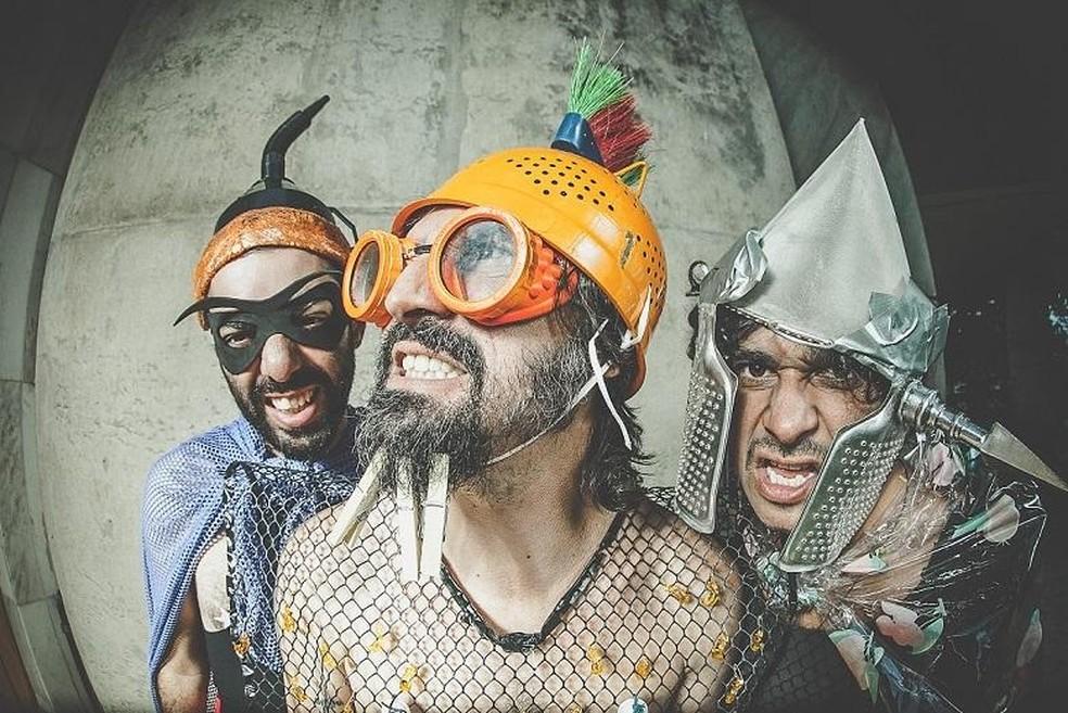Samuel Mota, Rodrigo Barata e Macaxeira Aciole são os integrantes do grupo de música instrumental Muntchako — Foto: Ferreira Maia/Divulgação