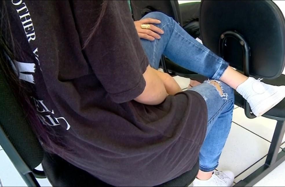 Adolescente alegou que feriu colega porque sofria bullying e se sentia ameaçada — Foto: Reprodução/RBS TV