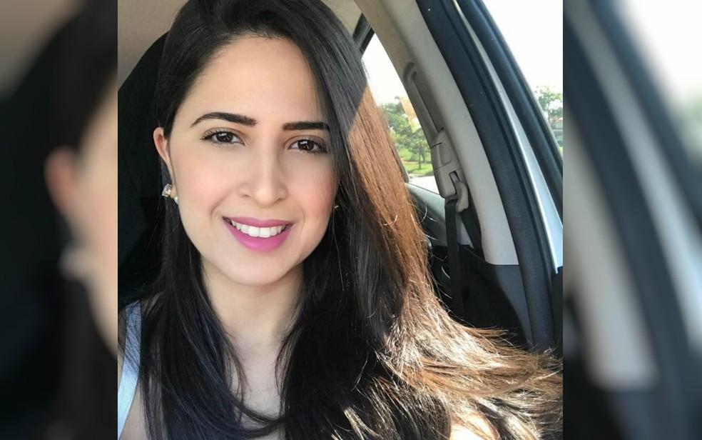 Laís Fernanda Araújo Silva foi morta enquanto tentava estacionar carro, em Goiânia (Foto: Facebook/Reprodução)