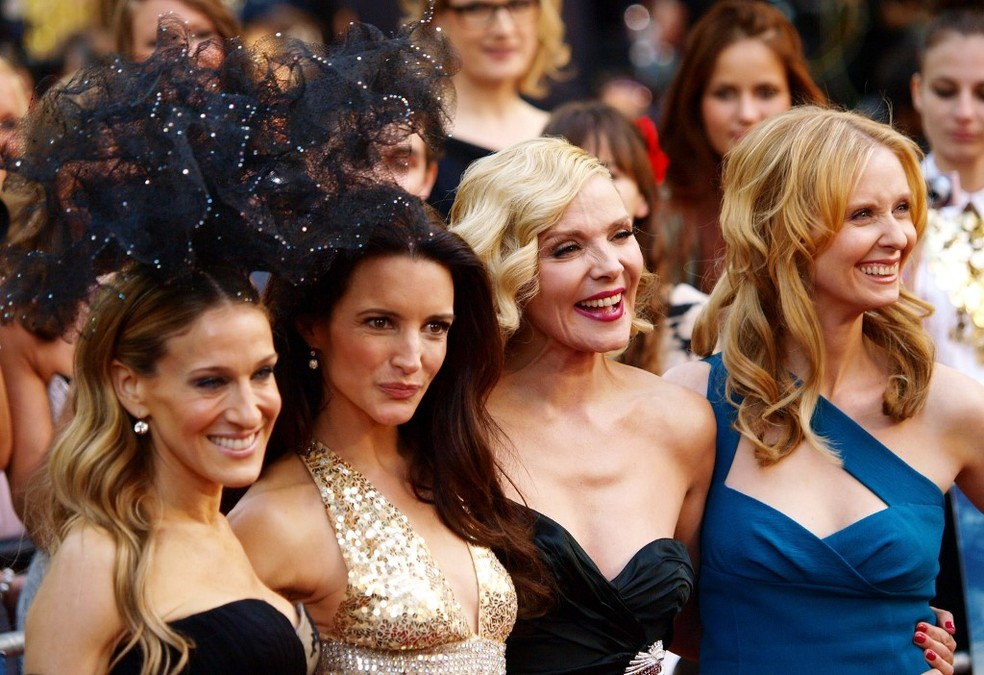 Foto de 2010 mostra Sarah Jessica-Parker, Kristin Davis, Kim Cattrall e Cynthia Nixon em estreia do segundo filme do quarteto — Foto: Max Nash/AFP