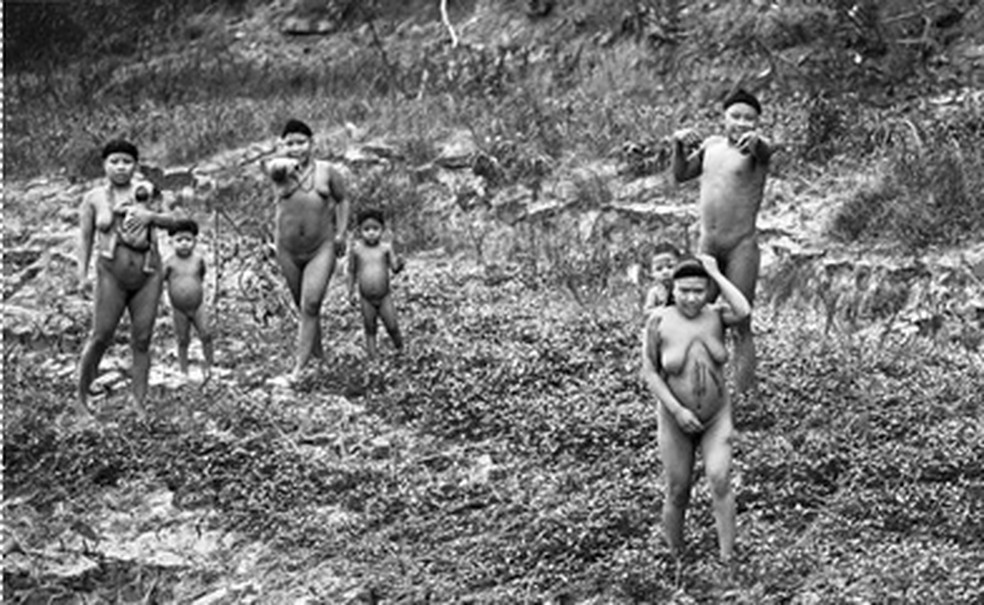 Registro de parte dos índios da tribo Korubo, que já foi contatada pela Funai — Foto: Ricardo Stuckert, Funai