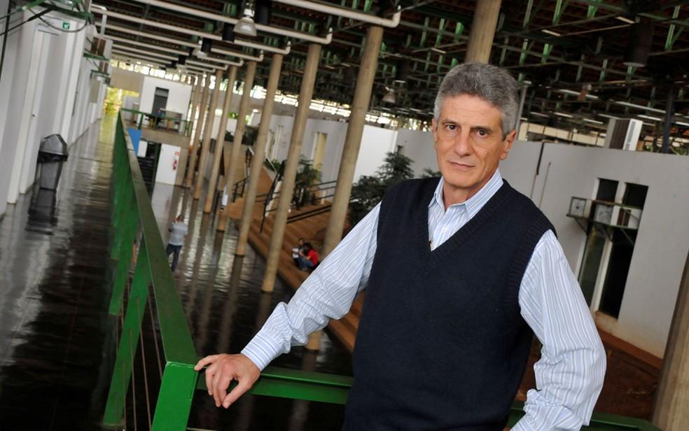 O economista e professor da Unicamp Francisco Lopreato — Foto: Antoninho Perri/Divulgação Unicamp