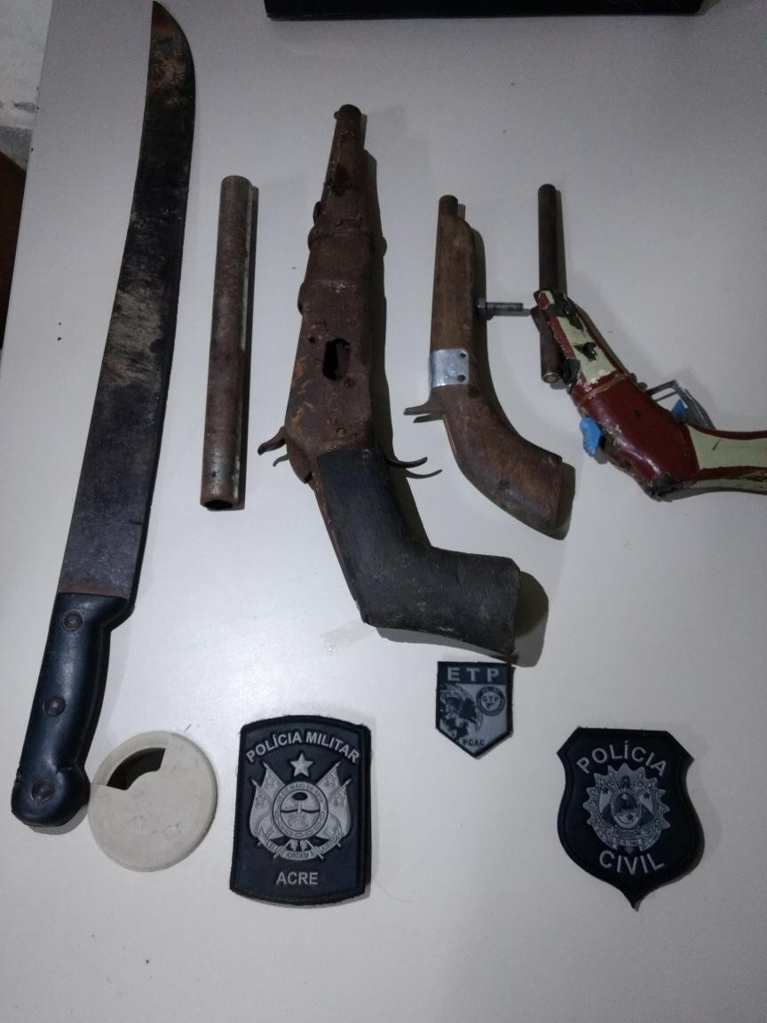 Menor de 16 anos investigado por homicídio é apreendido durante ação da polícia no interior do AC