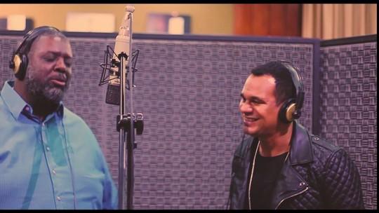 Grupo Revelação lança clipe da música 'A Vida é Pedreira' com participação de Péricles