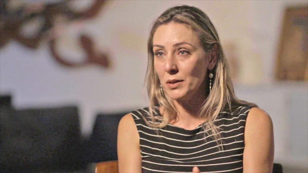 Deborah Kalume, ex-mulher do cineasta Fábio Barreto, revela que foi vítima de João de Deus — Foto: Reprodução / TV Globo