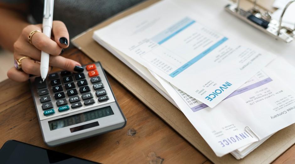 contas, calculadora, economia, investimento (Foto: Reprodução/Pexels)