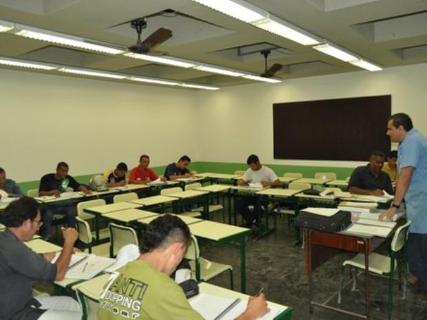 Guarujá oferece 450 vagas para cursos profissionalizantes  - Notícias - Plantão Diário