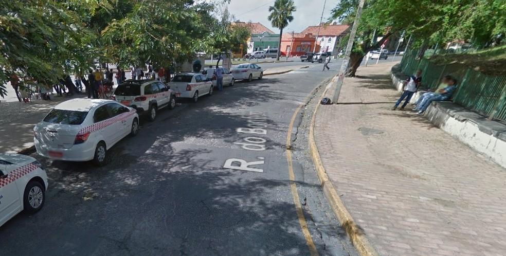 Praça do Carmo fica em Olinda (Foto: Reprodução/Google Street View)