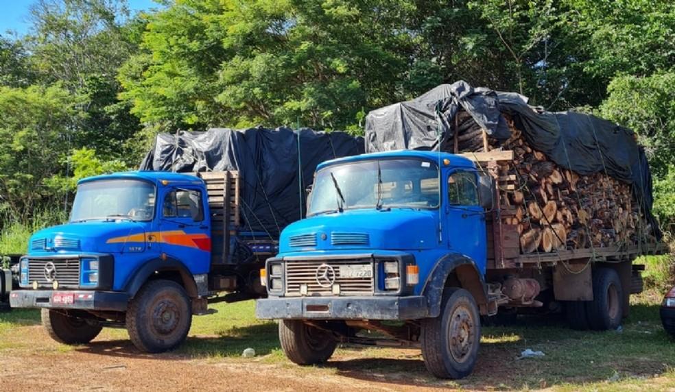 Os veículos foram escoltados pela equipe até a Unidade Operacional PRF em Caxias. — Foto: Divulgação/ PRF