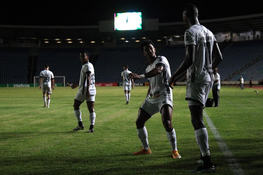 Botafogo atropela o Moto Club e avança na Copa do Brasil — Foto: Vitor Silva/Botafogo