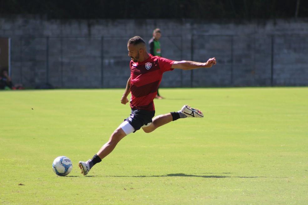 Anselmo Ramón fez sete gols com a camisa do Vitória — Foto: Divulgação / EC Vitória