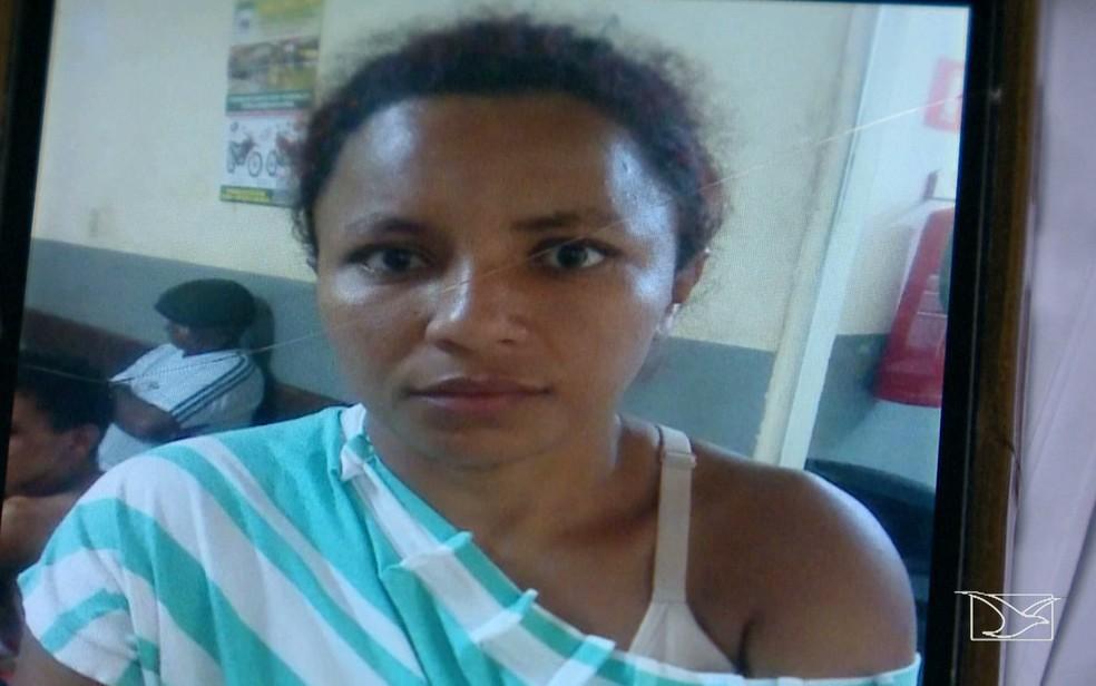 Daniele Sousa Silva foi encaminhada para o Plantão Central do bairro Cohatrac em São Luís (MA) (Foto: Reprodução/TV Mirante)