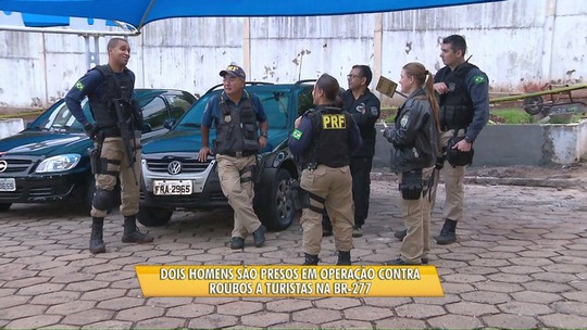 Dois homens são presos em operação contra roubos a turistas na BR-277