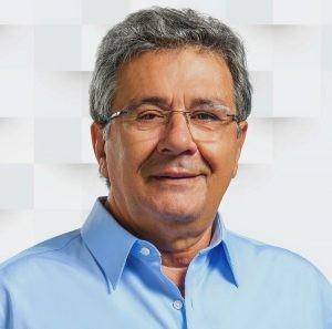 Covid-19: deputado Luiz Humberto Carneiro completa 10 dias na UTI em Uberlândia; estado é grave