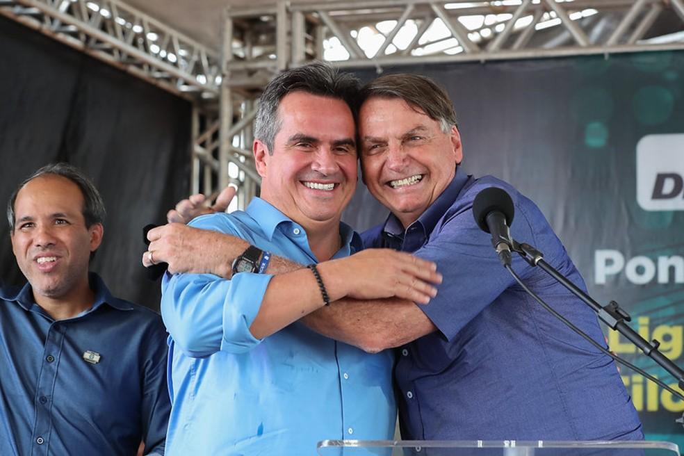 Ciro Nogueira e Bolsonaro, em cerimônia no Piauí, em 20 de maio de 2021. — Foto: Isac Nóbrega/PR