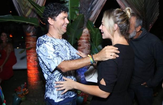 Jorge Vercillo e Paolla Oliveira (Foto: Daniel Pinheiro/AgNews)