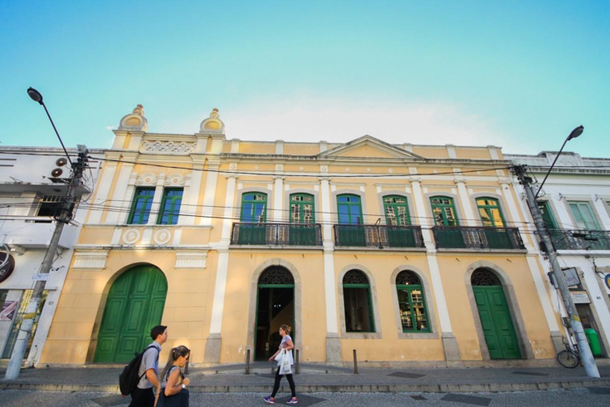 Exposição reúne fotos feitas por estudantes de escolas municipais de Campos, no RJ