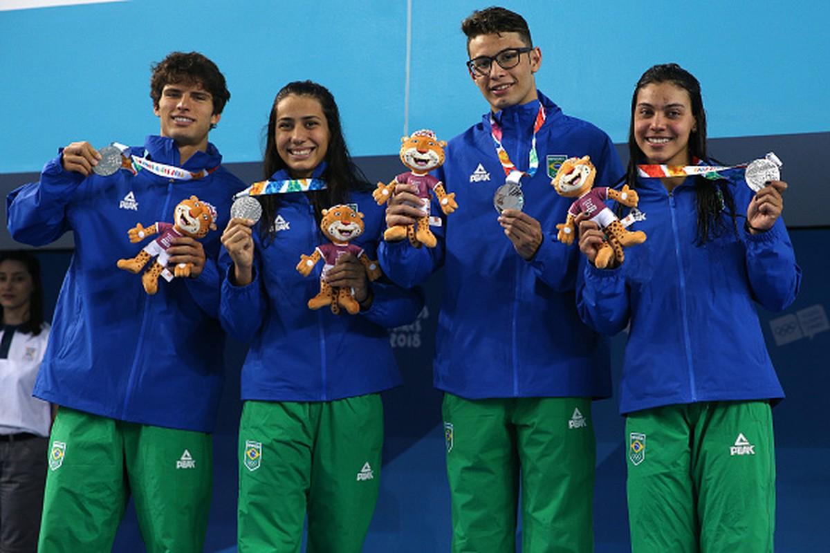 Revezamento misto do Brasil leva a primeira medalha do país na Olimpíada da  Juventude  933472e9b47fd