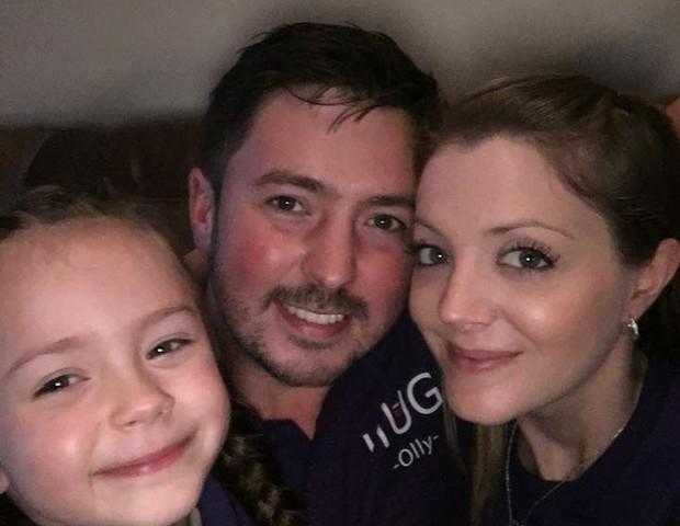 Lilia com os pais Oliver e Amy (Foto: Reprodução Instagram)