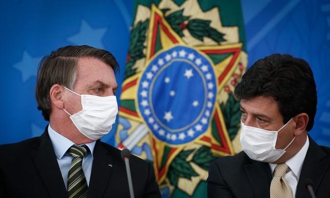 O presidente Jair Bolsonaro e o ministro Luiz Henrique Mandetta