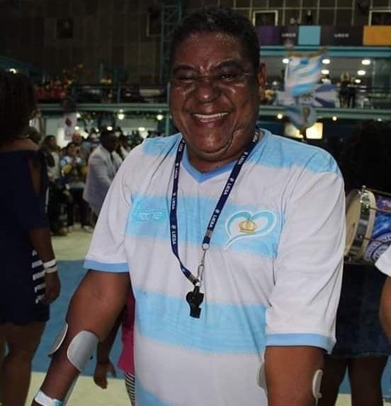 Mestre Mug, ex-mestre de bateria da Vila Isabel, será enterrado neste sábado no Rio