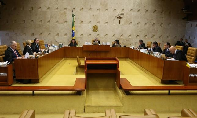 Ministros do STF se reúnem para decisão quanto ao Foro Privilegiado