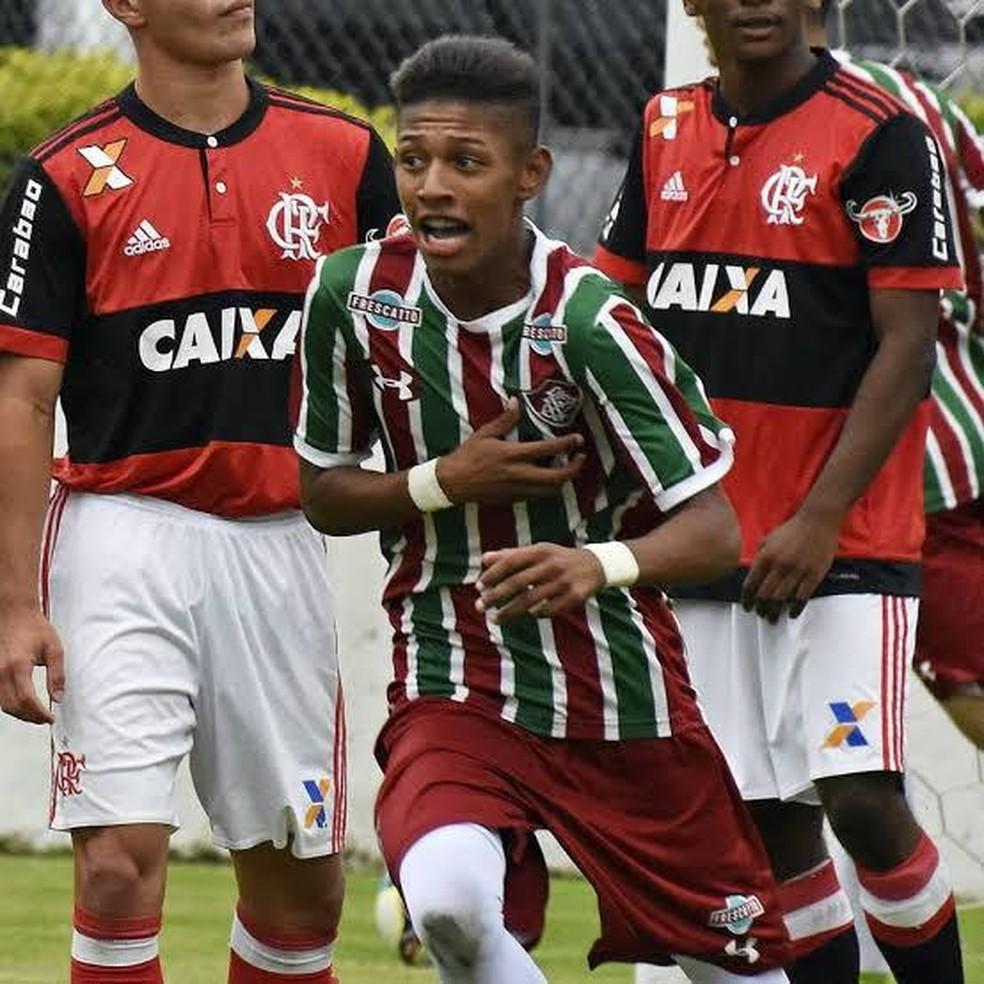 Kaká, atacante da base do Fluminense — Foto: Mailson Santana
