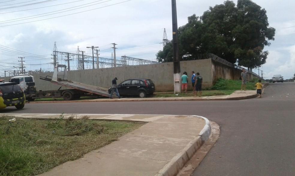 -  Acidente envolvendo dois carros neste sábado em Santarém, Pará  Foto: Divulgação/VC No G1