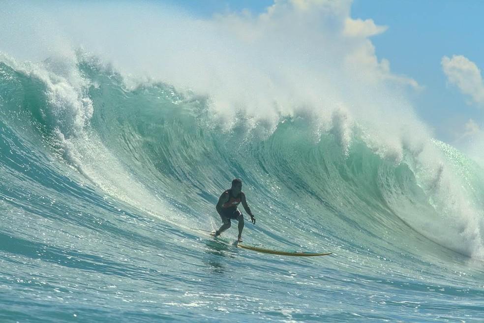 Fábio Gouveia é considerado o maior surfista brasileiro de todos os tempos (Foto: Clemente Coutinho)