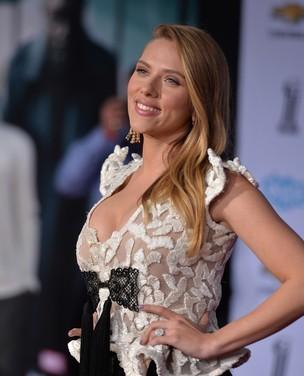 Veja celebridades que esconderam a gravidez