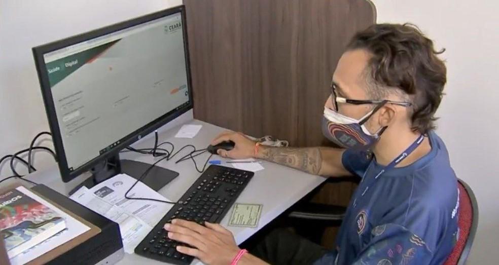 Cadastro para vacinação contra Covid-19 no Ceará é feito pela plataforma Saúde Digital. — Foto: Reprodução/TV Verdes Mares