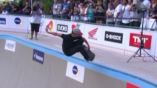 Rio Bowl Jam: skatista espanhol e Rony Gomes lideram primeiro dia