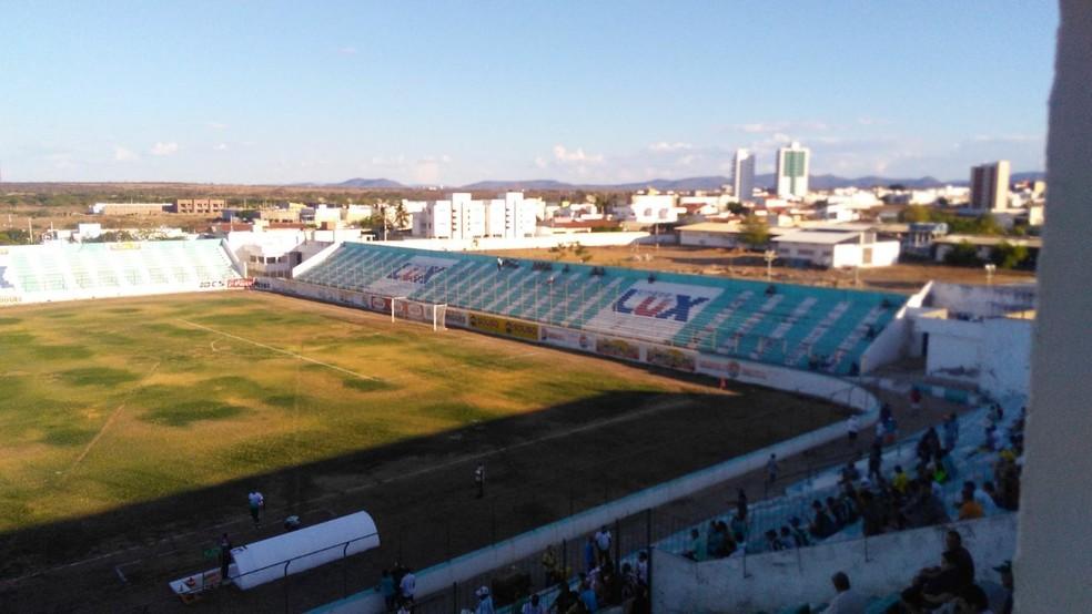 Sousa e Campinense estreeam com arbitragem paulista no EstádioMrzo — Foto: Arquivo / TV Paraíba
