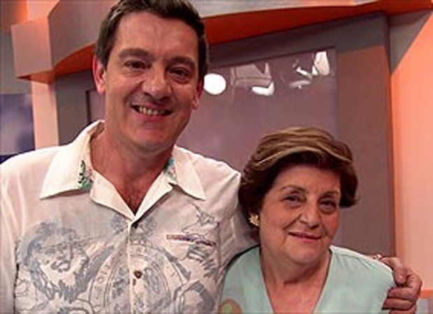 Luiza Gasparetto e a mãe, Zíbia Gasparetto, em 2006 (Foto: Divulgação)