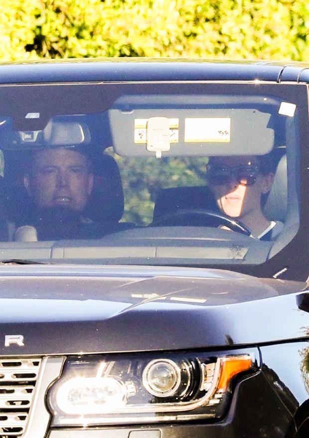 Jennifer Garner leva seu ex, Ben Affleck, para reabilitação (Foto: Backgrid)