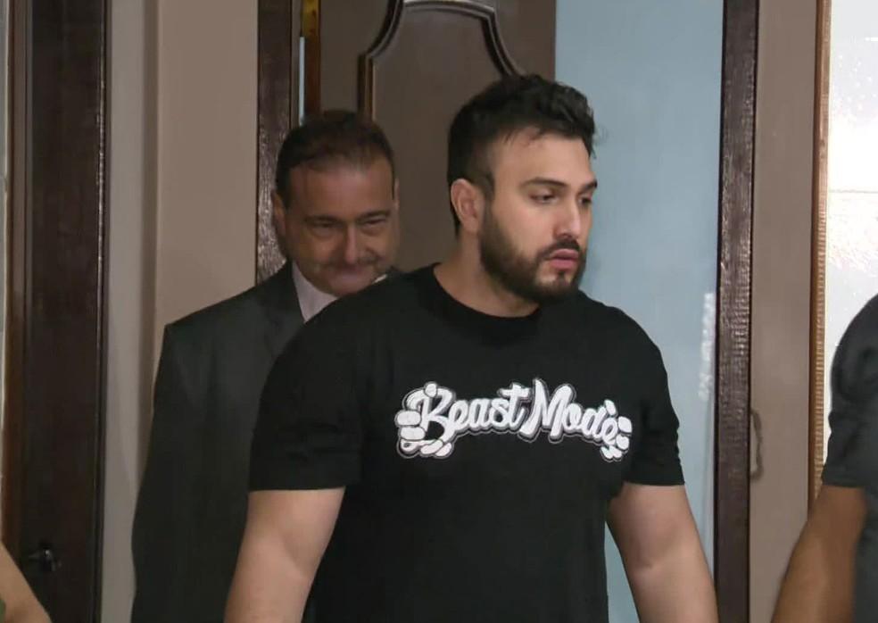 Erich Carvalho da Fonseca foi preso na manhã desta quinta-feira (15) suspeito de chefiar quadrilha que vende anabolizantes — Foto: Reprodução / TV Globo