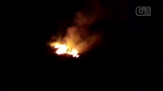 Incêndio é registrado em terreno no município de Castanhal, no Pará; veja vídeo
