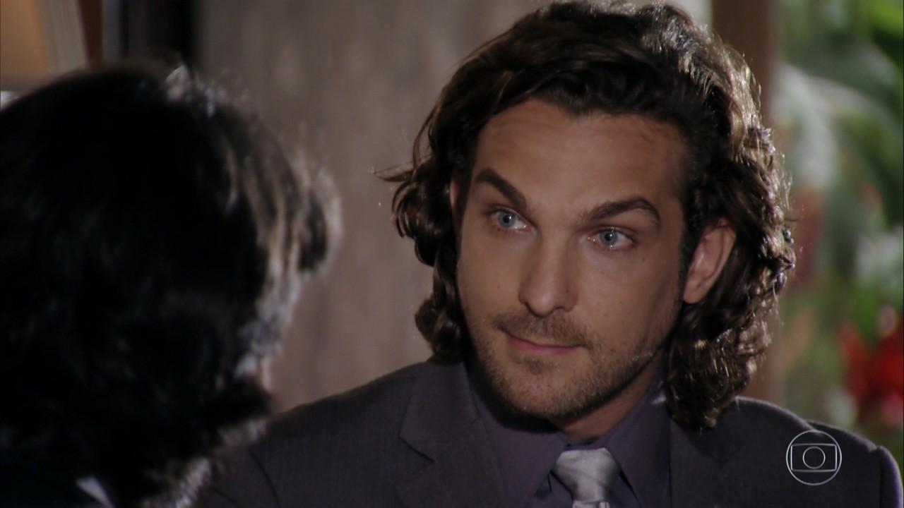 Alberto pede a Dom Rafael que o ajude a tirar Cassiano de seu caminho