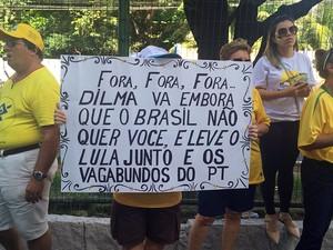 Potiguares realizam ato contra a corrupção em Natal (Foto: Fernanda Zauli/G1)