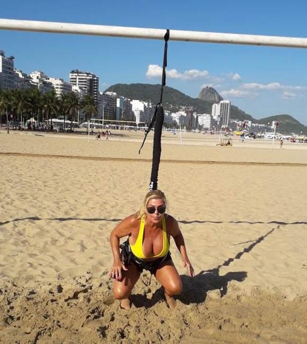 Ex-BBB Cida Moraes malhando (Foto: Arquivo Pessoal)