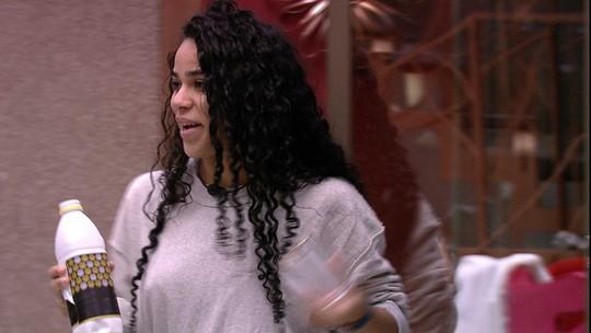 Elana lembra de Alberto: 'Será que o Tarzan tá na Ana Maria Braga hoje?'