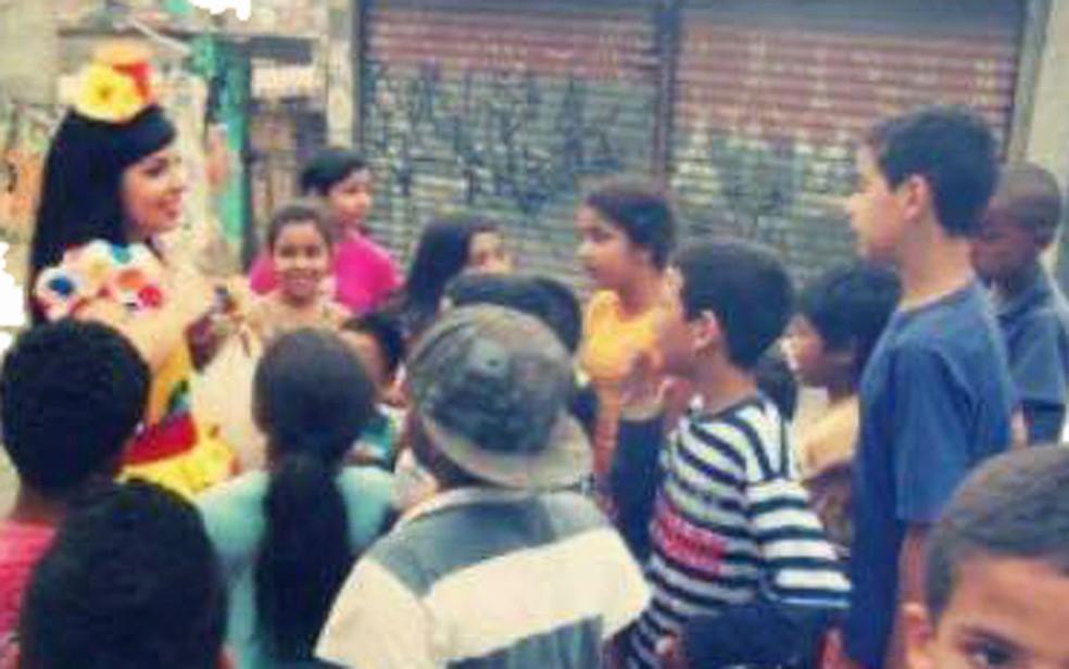 Gabriella faz trabalhos voluntários desde a adolescência — Foto: Arquivo pessoal/Gabriella Pereira